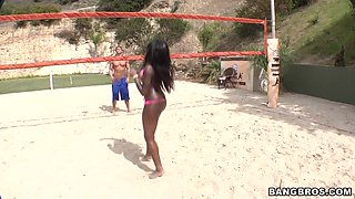 Sexy Black Babe, Tatiyana Foxx Teases And Blows Outdoor