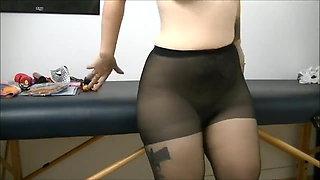 Pantyhose farts