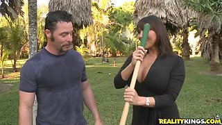 Attractive Ava Devine Goes Hardcore In A Big Shower