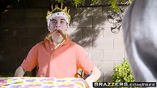 Brazzers - Milfs Like it Big - Nina Elle Alex