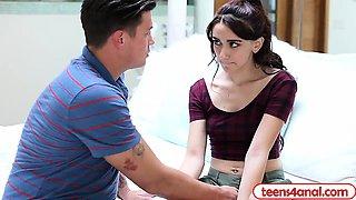 Virgin teen Mandy pressured by her boyfriend to have sex