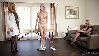Threesome with three smoking hot lesbian babes making out