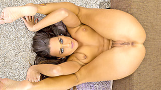 Flexible Czech babe Mea Melone intense ass to mouth action