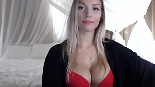Big Boobs and Big Clit Cam Free Webcam Porn Video