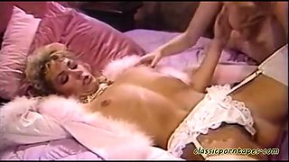 Hot classic lesbians eat each other out