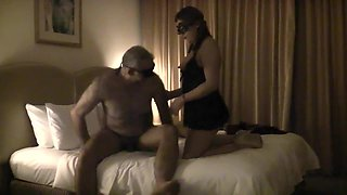 hk wife share with stranger01