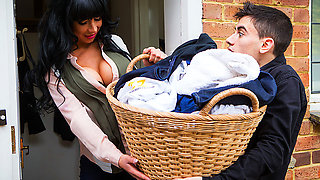 Dirty Laundry, Dirtier MILF