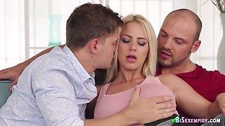 bisexual threesome porn hardcore