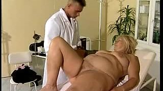 FIT DOCTOR FUCKS BBW GRANNY to cure her twat