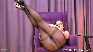 Hot teen Ellen Betsy masturbates her lovely pussy in sheer black nylon pantyhose