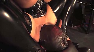 You need to please mistress latex godess