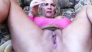 Big clit milf masturbation