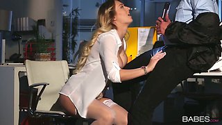 Playful blonde babe Natalia Starr masturbates in front of the security guy