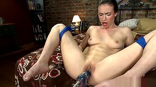 Machine Babe Squirts While Drilled In Ass
