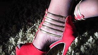 Crossdressing and masturbating in a dress, holdups and heels