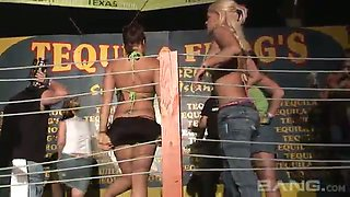 These exhibitionistic sluts love to show off their bodies before the fight