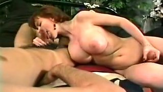 Redhead smooth skin busty tranny cutie wants to suck dick