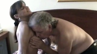 Nerdy amateur hussy enjoys oral sex with an older man