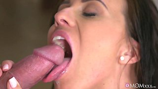 Steve Q & Vicky Love in Blind Date with Perfect Tits MILF - MomXXX