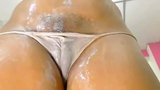 sexy cameltoe pussy with fat lips feature