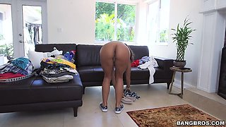 nicole bexley wearing nothing but sneakers does a quick cleaning job