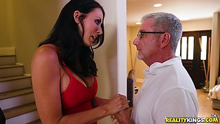 Reagan Foxx and Kenzie Reeves enjoy a sex game with a strap-on