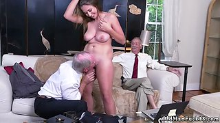 Old british granny xxx Ivy impresses with her large titties and ass