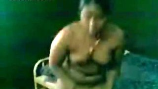 Tamil aunty prostitute undress for customer and start sucking his cock