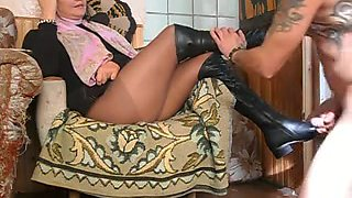 Russian mistress gives a blowjob without getting naked