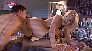 Tight cunt cutie Alexis Texas takes the big sausage up her butter gutter