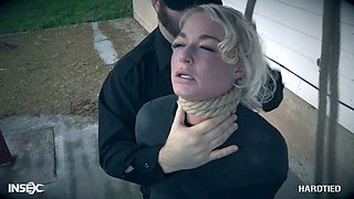 Blonde London River gets her pussy punished by one kinky netxdoor dude