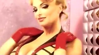 Taylor Wane in Latex