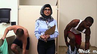 Slutty brunette latin Mia Khalifa getting penetrated