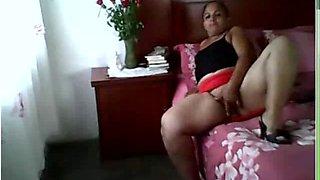 Luly con mini roja