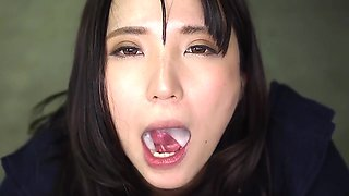 Sensual Japanese suck and swallow.