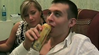 Drunk and horny students gonna have group fuck in the dorm