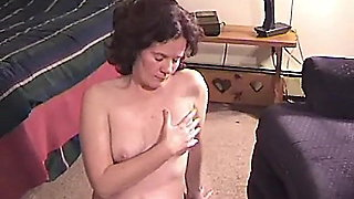 NAKED OBEDIENT SUCK SLAVE DOES AS TOLD