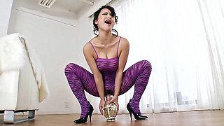 Kaede Niyama in Kaede in Her Sexy Zebra Leotard - CosplayInJapan