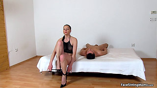 Mature Face Sitting on her Slave - Renate