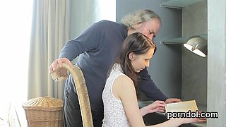 Innocent college girl was seduced and drilled by older teach