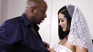 Interracial Creampie With Bigass Bride Katrina Jade