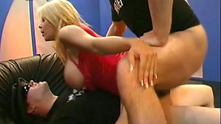 Busty blonde ravaged in theeesome