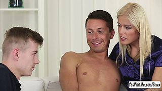 Teen Sweet Cat gets banged by bisex dude